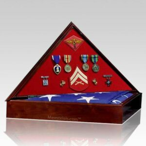 The Heritage Flag Display case offers a unique presentation